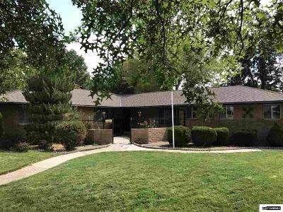 Reno Single Family Home For Sale: 1390 Manzanita Ln