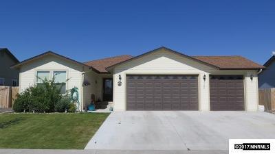 Battle Mountain Single Family Home For Sale: 106 Sunnyside Dr