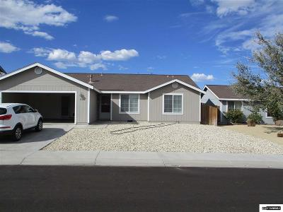 Fernley Single Family Home For Sale: 432 Bramble Dr