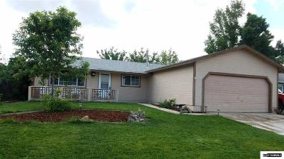 Dayton Single Family Home Active/Pending-Loan: 565 Yellow Jacket Rd