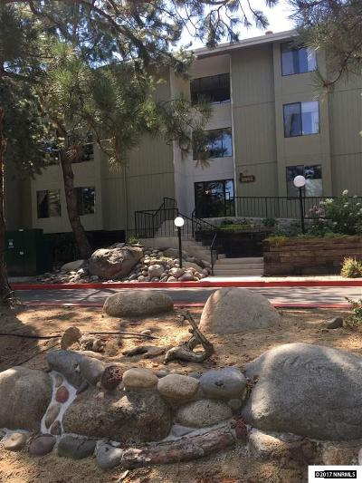 Washoe County Condo/Townhouse For Sale: 2855 Idlewild Drive #127