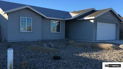 Fernley Single Family Home For Sale: 545 Country Hollow