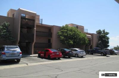 Washoe County Condo/Townhouse For Sale: 127 Vista Rafael
