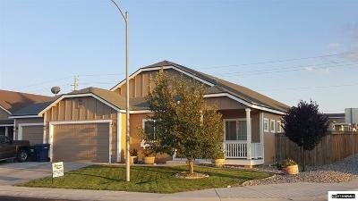 Fernley Single Family Home For Sale: 654 Canary Cir.