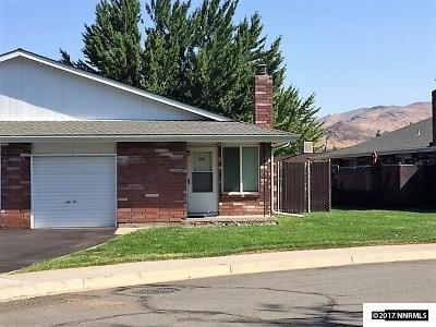 Carson City County Condo/Townhouse Active/Pending-Loan: 300 Hampton Dr