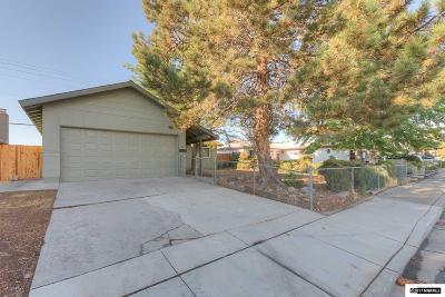 Sparks Single Family Home For Sale: 1825 Verano Drive