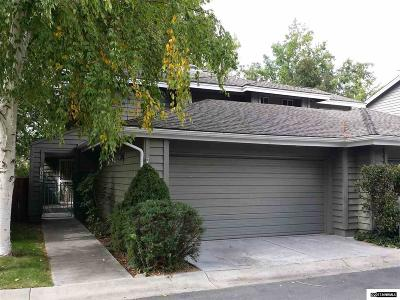 Washoe County Condo/Townhouse For Sale: 3179 Oakshire Ct