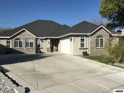 Fernley Single Family Home Active/Pending-Loan: 1995 Eight Iron Ct