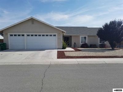 Fernley Single Family Home For Sale: 477 Mallard Way