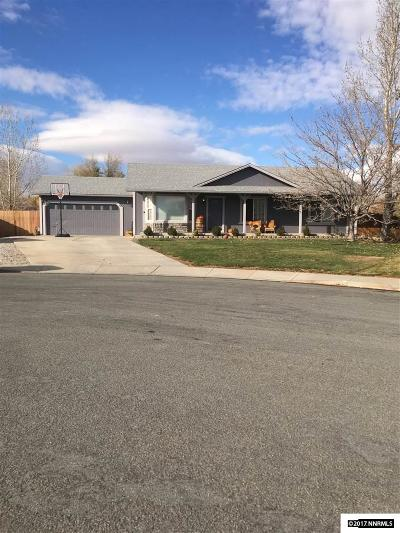 Sparks Single Family Home Active/Pending-Loan: 30 Pelican Ct.