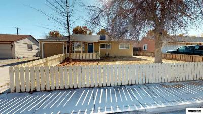 Sparks Single Family Home Active/Pending-Loan: 465 Sawyer Way