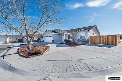 Fernley Single Family Home Active/Pending-Loan: 1941 Four Iron Court