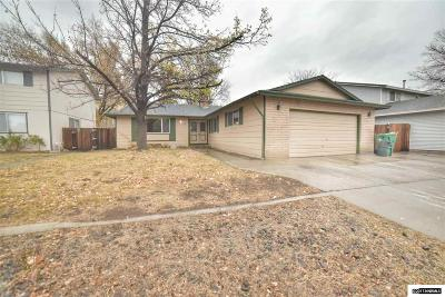 Sparks Single Family Home For Sale: 574 Gamble Drive