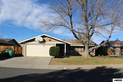 Sparks Single Family Home For Sale: 854 Glen Meadow Drive