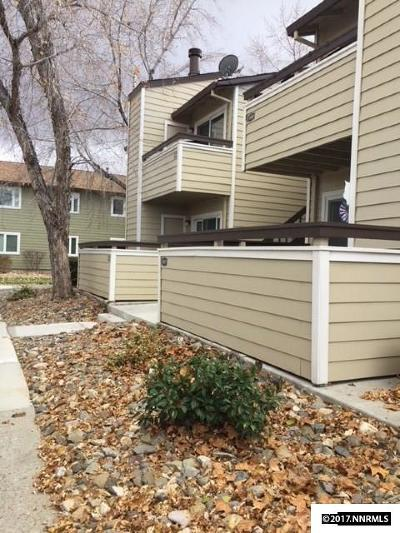 Washoe County Condo/Townhouse Active/Pending-Loan: 530 Patriot Ave #267
