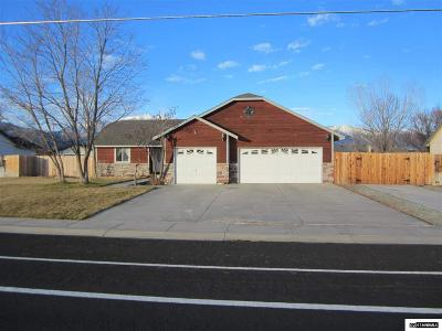 Gardnerville Single Family Home For Sale: 760 Long Valley Rd