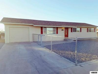Fernley Single Family Home Active/Pending-Loan: 255 Sandia Drive