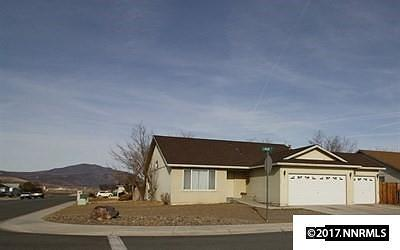 Fernley Single Family Home For Sale: 300 Lariat