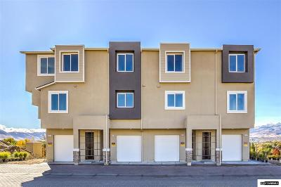 Sparks Condo/Townhouse For Sale: 2992 Silver River Lane #105