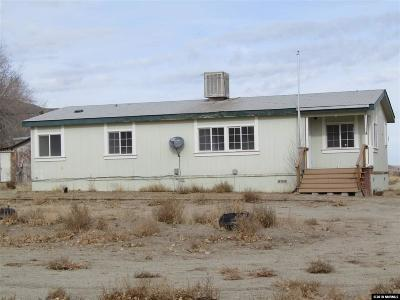 Yerington Manufactured Home Active/Pending-Loan: 16 Sunny Grove Dr.