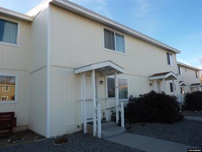Gardnerville Condo/Townhouse Active/Pending-Loan: 1277 Redwood Circle #4