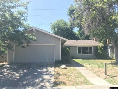 Washoe County Single Family Home For Sale: 1480 Elizabeth St