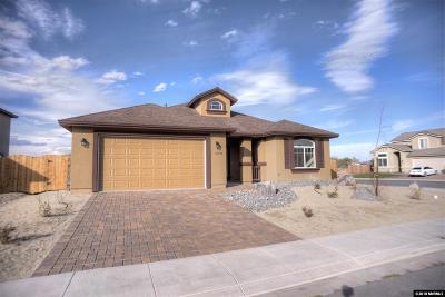 Fernley Single Family Home For Sale: 1276 Rainbow