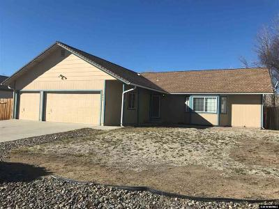 Sparks Single Family Home For Sale: 202 Desert Rose