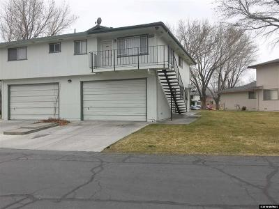 Sparks Condo/Townhouse Active/Pending-Loan: 684 Oakwood Drive #4