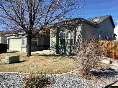 Dayton Single Family Home For Sale: 222 Corral Dr