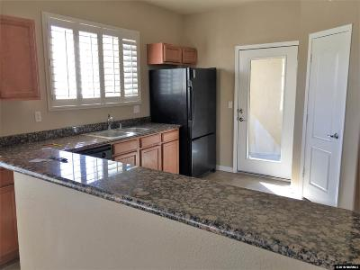 Reno Condo/Townhouse For Sale: 17000 Wedge Pkwy #324