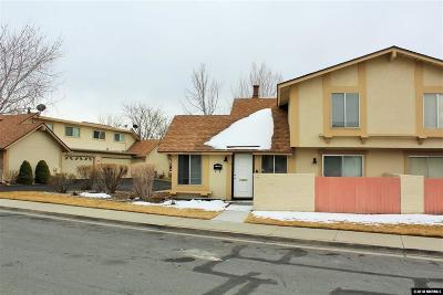 Carson City Condo/Townhouse For Sale: 21 Condor Cir