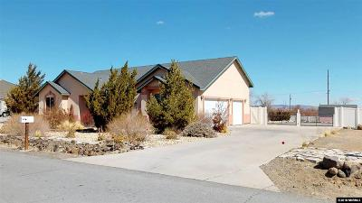 Fernley Single Family Home Active/Pending-Loan: 669 Saddle Horn Way