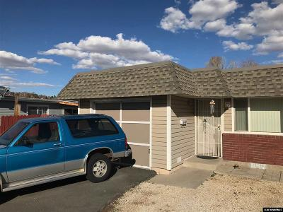 Washoe County Condo/Townhouse Active/Pending-Short Sale: 1687 Gault Way