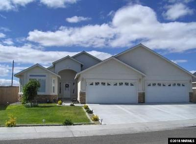Fernley Single Family Home For Sale: 533 Wedge