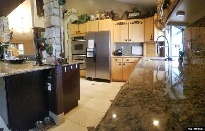 Reno Single Family Home For Sale: 13040 Valley Springs Rd