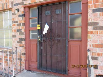 Sparks Condo/Townhouse Active/Pending-Short Sale: 481 Pine Meadows #E8