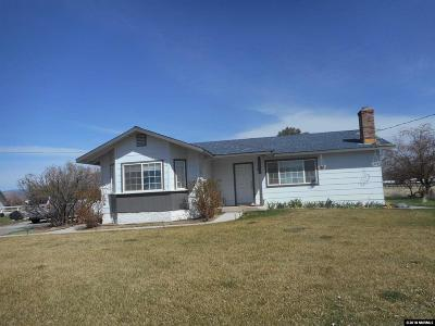 Gardnerville Single Family Home Back On Market: 965 Dresslerville Rd