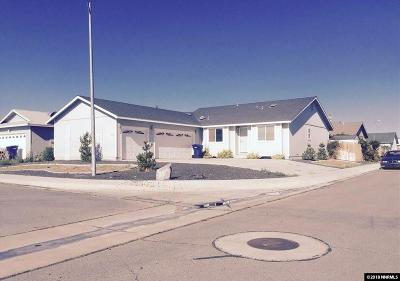 Fernley Single Family Home For Sale: 1005 Foster