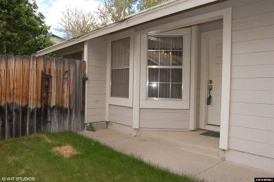 Washoe County Single Family Home For Sale: 6085 Bankside