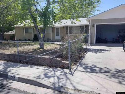 Fernley Single Family Home For Sale: 829 C