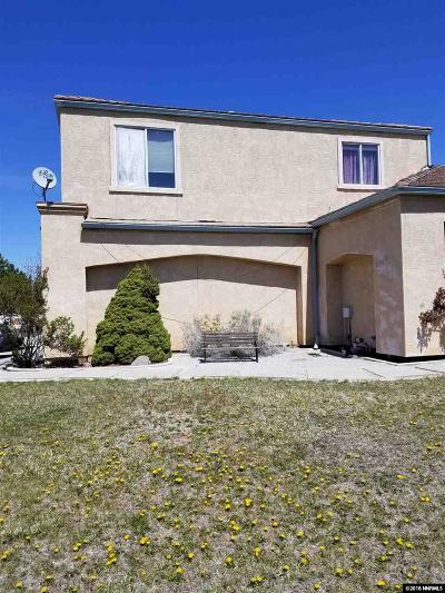 Washoe County Single Family Home For Sale: 5895 Blue Horizon