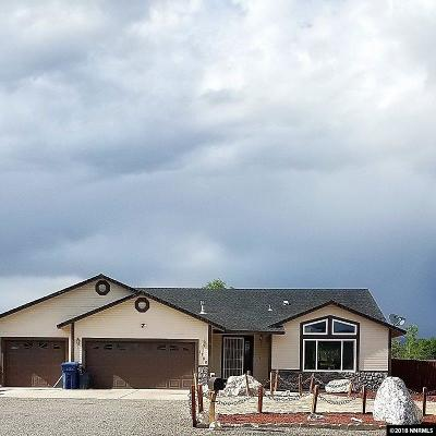 Fernley Single Family Home For Sale: 1280 Farm Ln