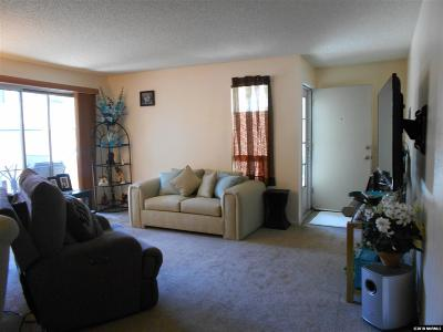 Sparks Condo/Townhouse Active/Pending-House: 2511 Sycamore Glen Drive #4