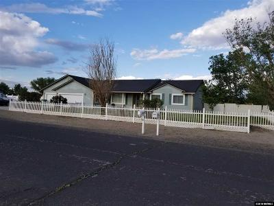 Fernley Single Family Home New: 1160 Dinah Drive
