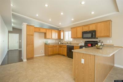 Reno Single Family Home For Sale: 18360 Whitebark