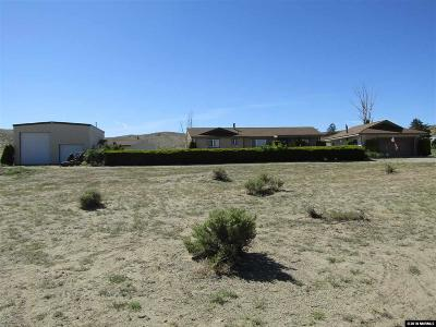 Yerington Single Family Home Active/Pending-Loan: 22 Panavista Circle
