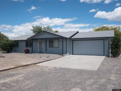 Fernley Single Family Home For Sale: 1006 Opal Way