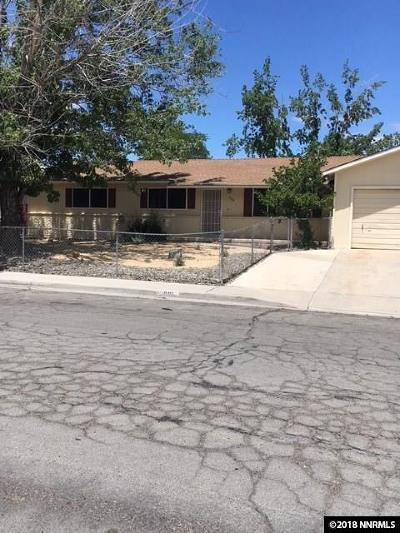 Fernley Single Family Home For Sale: 888 G Street