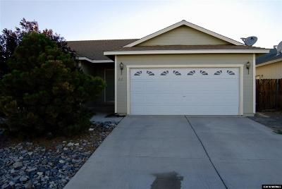 Fernley Single Family Home For Sale: 921 Jessica Lane